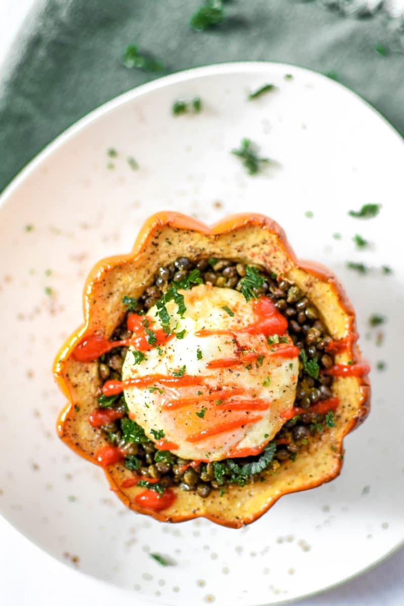 Enjoy this delicious Acorn Squash & Lentil Egg Bake - a nutrient packed, high protein, high fiber budget friendly recipe that costs just 2.71 per serving!