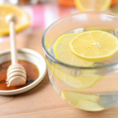 The Health Benefits of Honey & Ginger Warm Lemon Water