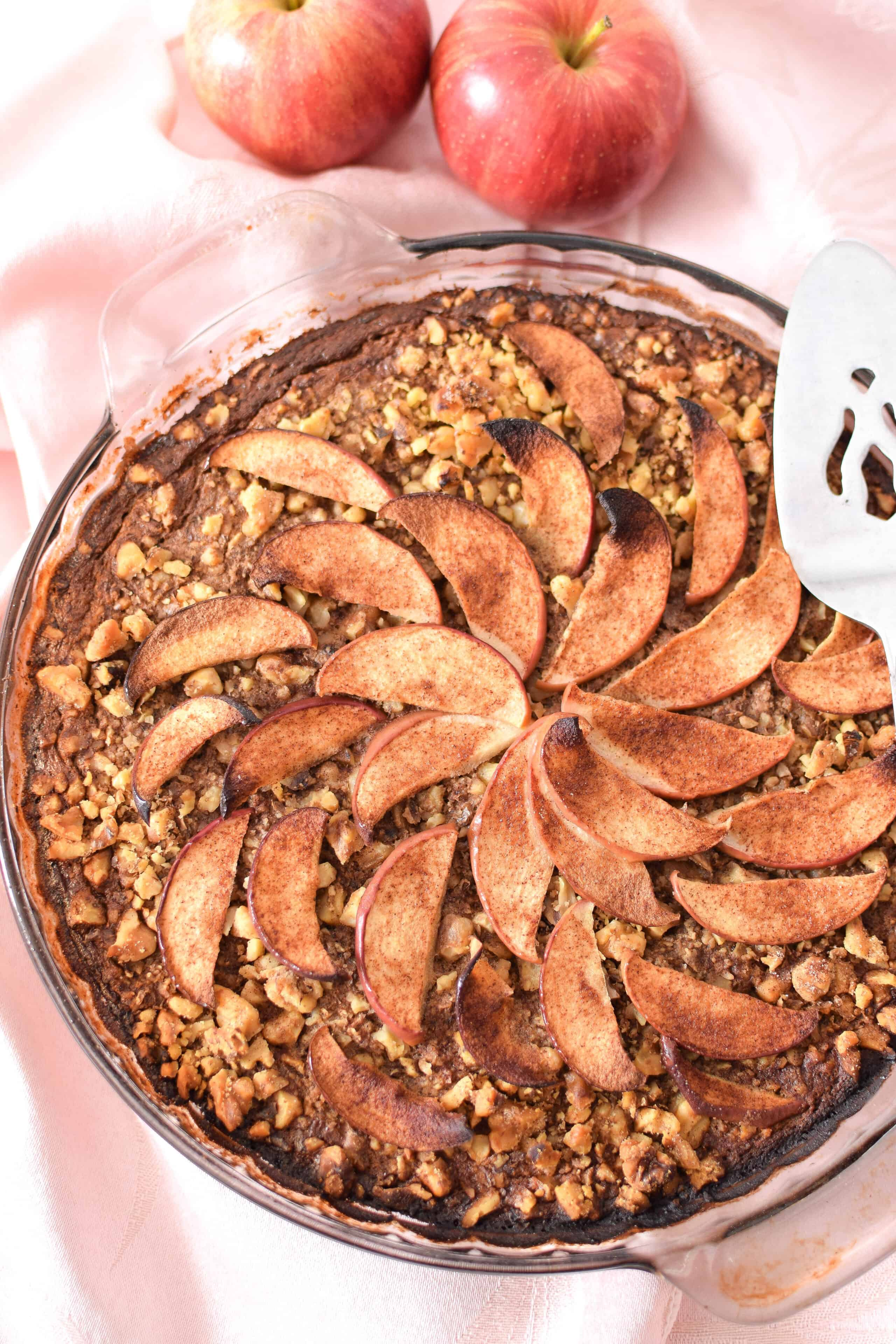 Apple & Cinnamon Baked Oatmeal Cake