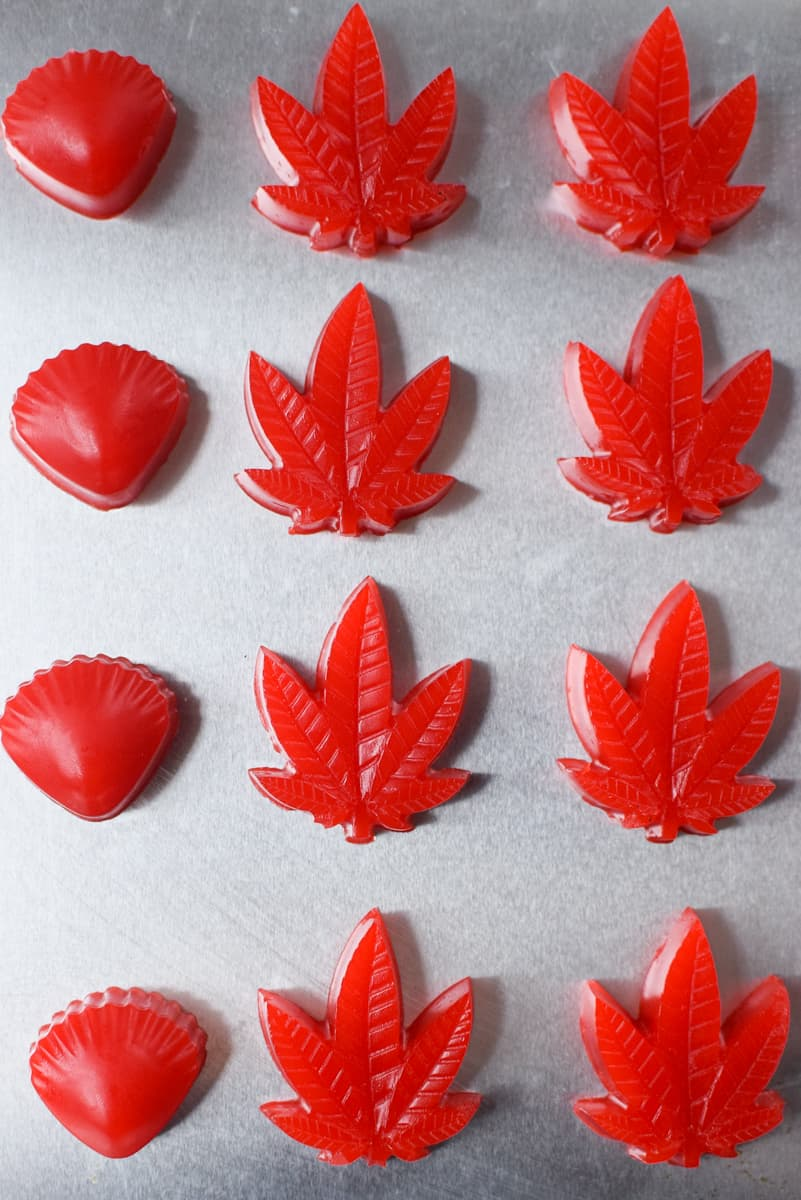 Cannabis Gummies With Oil By Emily Kyle